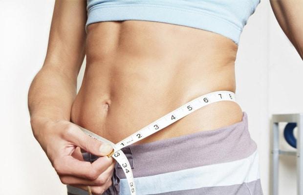 Faz regime a dieta japonesa rapidamente para perder o peso