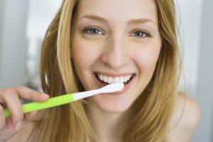 2 receitas caseiras de cremes dentais