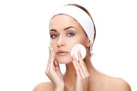Como fazer uma limpeza de pele em casa