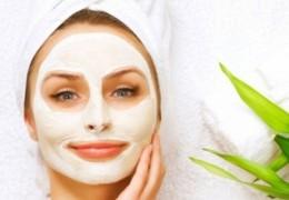 Três máscaras para acne