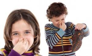 Remédios caseiros para o mau cheiro nos pés