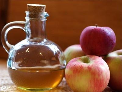 Shampoo de vinagre de maçã contra caspa