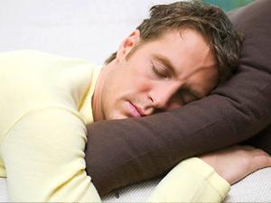 Dormir bem ajuda a queimar gordura
