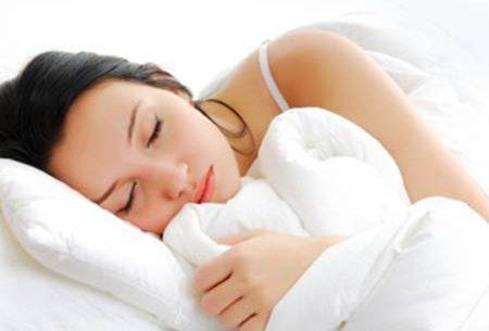 Dormir demais aumenta o risco de demência e Alzheimer