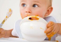 Dicas para tratar problemas estomacais das crianças pequenas