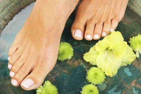 pés 1