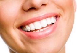 Dicas para reverter os dentes amarelos