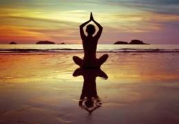 Série de exercícios de ioga para fazer de manhã