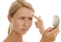 4 alimentos prejudiciais à pele que você deve evitar