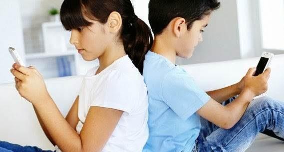 Com que idade as crianças podem ter celular?