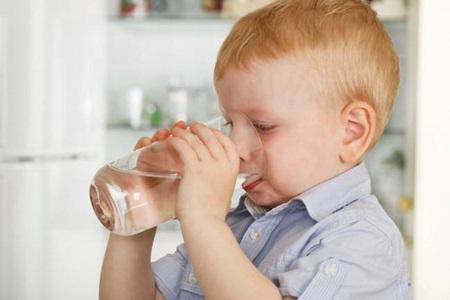 Dicas para uma boa hidratação em crianças