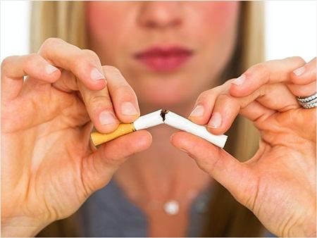 Exercícios de respiração que ajudam a parar de fumar