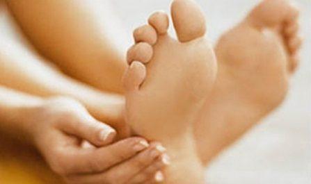 Sensibilidade nos pés de pacientes diabéticos
