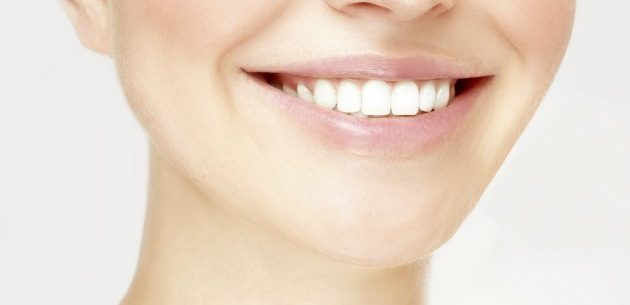Algumas dicas para remover o tártaro dos dentes
