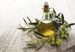 Cinco razões para incluir o azeite na sua dieta diária