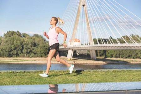 Monitores de freqüência cardíaca e acessórios que permitem melhorar o desempenho