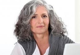 Dicas para prevenir e eliminar os cabelos grisalhos