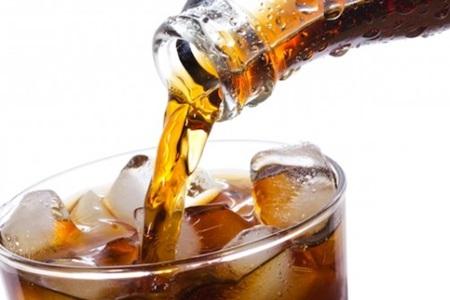 Consumir bebidas açucaradas pode causar o envelhecimento celular