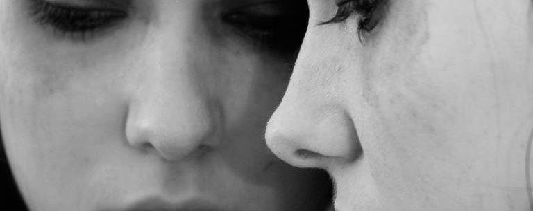 Supreenda-se com esses 3 benefícios do choro para a saúde