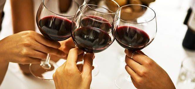 Vinho: qual a hora certa para beber e ter maiores benefícios?