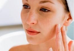 Acabe com a acne desde o início e evite cicatrizes