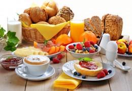 Dicas para preparar um café da manhã rápido, fácil e nutritivo