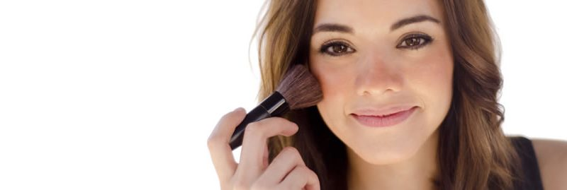 Olheiras: dicas de maquiagem para disfarçá-las