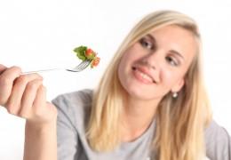 Dicas de alimentação para manter sua pele saudável e bonita