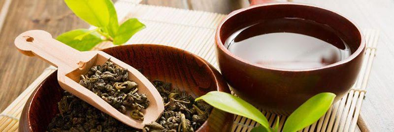 Chá verde emagrece? Veja os benefícios dessa bebida