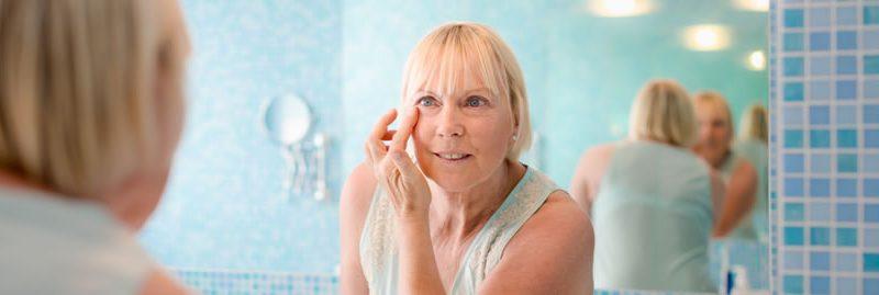 Cuidados essenciais com a pele dos idosos