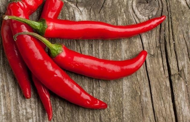 14 grandes benefícios da pimenta caiena para a saúde-capa