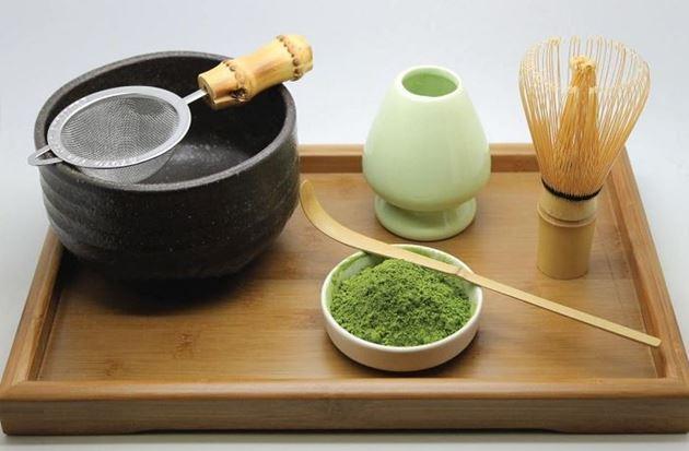 Chá verde em pó conheça os grandes benefícios do Matcha