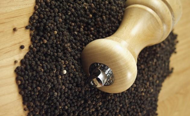 Os incríveis benefícios da pimenta negra para a saúde