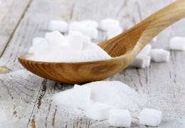 5 alimentos que facilitam o surgimento das celulites