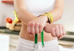 Os riscos de perder peso rápido com as dietas restritivas