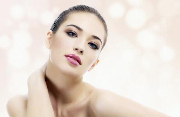 5 grandes benefícios do banho frio para a estética-1