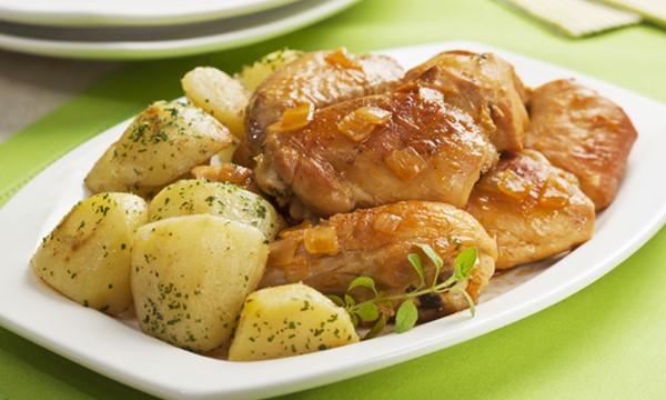5 maus hábitos que causam indigestão e refluxo gástrico-1