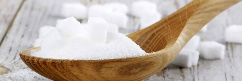 Maneiras saudáveis de eliminar o açúcar branco da dieta