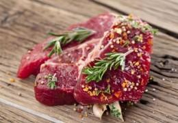 Como a carne vermelha afeta o fígado?