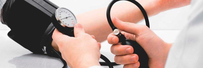 Os melhores remédios caseiros para controlar a hipertensão