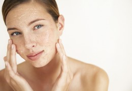 Esfoliante caseiro: 8 receitas para deixar sua pele mais bonita