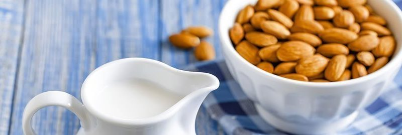 Receita e benefícios do leite de amêndoas para a saúde