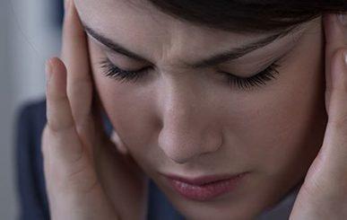 6 dicas para evitar a enxaqueca e 5 remédios para aliviá-la