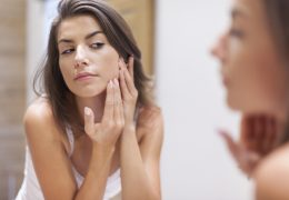 10 piores alimentos para pele que você deve evitar