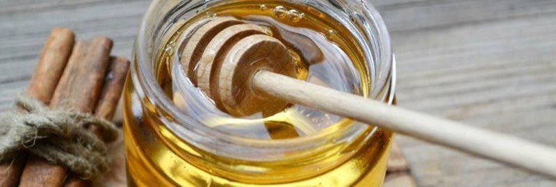 7 usos eficazes do mel e da canela para cuidar da saúde