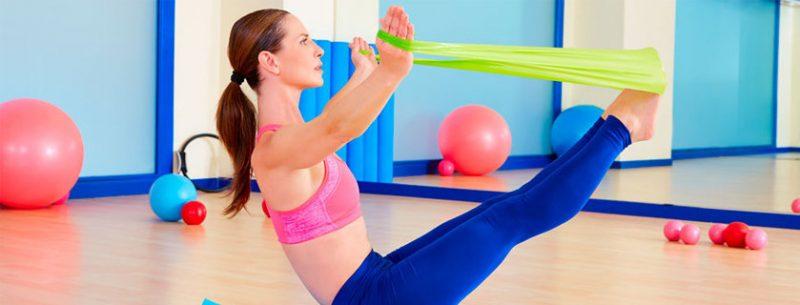 Pilates emagrece? Conheça seus benefícios e como praticá-lo em casa