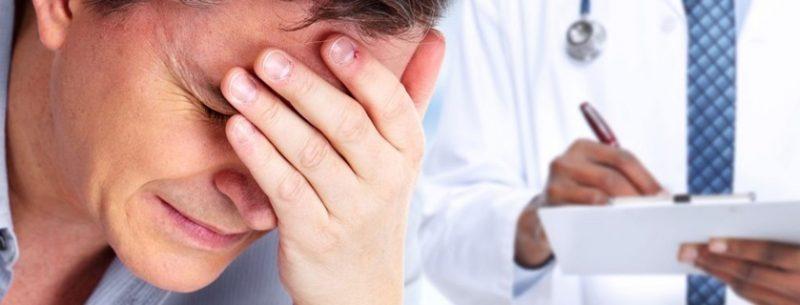 Sintomas, tratamentos e remédios caseiros para enxaqueca