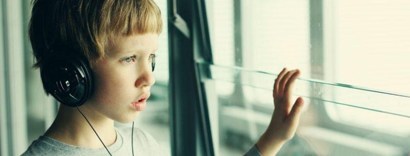 O que é autismo, quais seus sintomas, testes e tratamentos