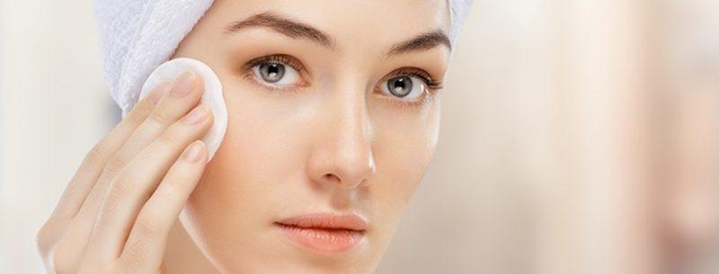 Como fazer limpeza de pele caseira com mel, café e gelatina?